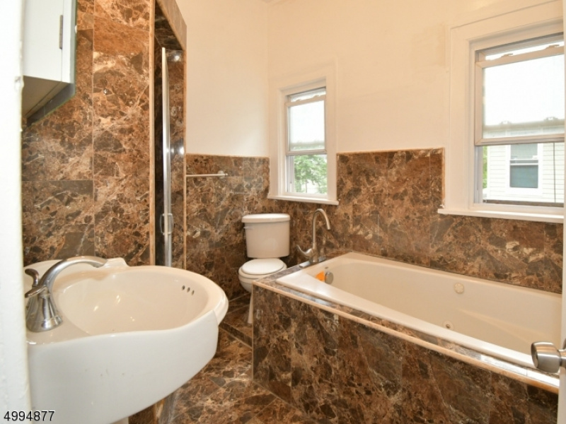 Bath - Level 2